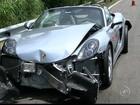 Porsches colidem durante suposto racha na rodovia dos Bandeirantes