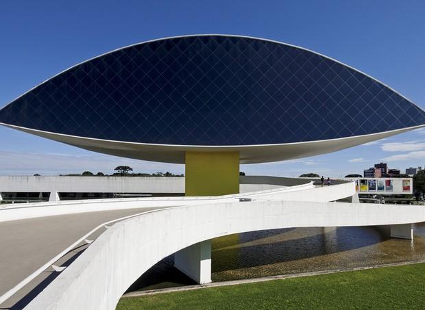 Museu Oscar Niemeyer (Foto: Reprodução / Facebook)