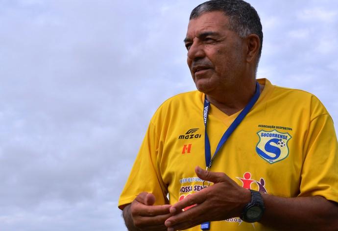 Edmilson Santos, técnico do Socorrense (Foto: Felipe Martins/GLOBOESPORTE.COM)