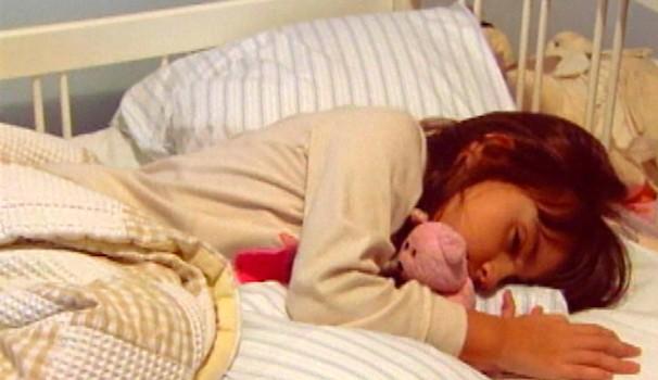 Problemas na hora de dormir podem prejudicar estudos e causar aumento de peso (Foto: Reprodução / EPTV)