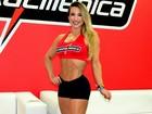 Michelly chama atenção com músculos em evento fitness