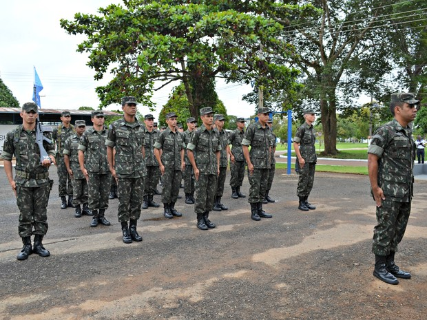 G1 - Exército inaugura primeira Escola de Oficiais com 20 alunos em ... d755300e6b1