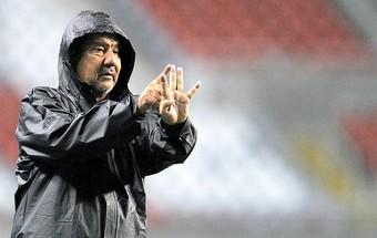 Joel Santana na partida do Flamengo contra o Coritiba (Foto: Ag. Estado)