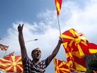 20 mil pessoas protestam por renúncia de primeiro-ministro da Macedônia