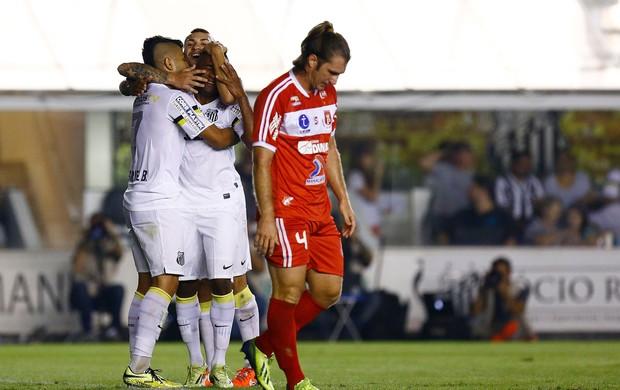Cicinho gol Santos (Foto: Ricardo Saibun / Ag. Estado)