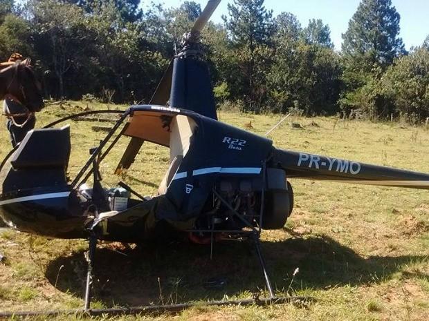 Helicóptero caiu em propriedade de Viamão (Foto: Divulgação/CBCV Águas Claras)
