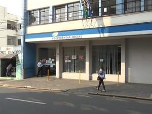 Agência do INSS ainda fica fechada até terça em Piracicaba (Foto: Wesley Justino/EPTV)