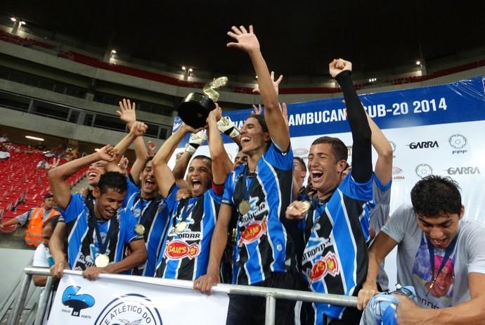 Porto-PE x Náutico final Sub-20 (Foto: André Vinícius / GloboEsporte.com)