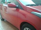 Mulher fica refém de ladrão no carro após ser abordada em frente a banco