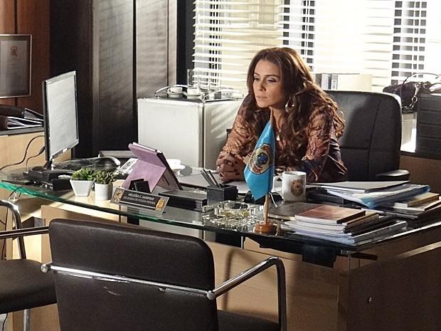 Helô conversa com Berna sobre Wanda (Foto: Salve Jorge/TV Globo)