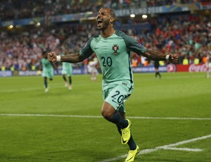 Quaresma gol Portugal Croácia (Foto: Lee Smith / Reuters)