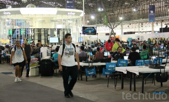 Com mais gente, o evento ganhou vida  (Foto: TechTudo/Renato Bazan)
