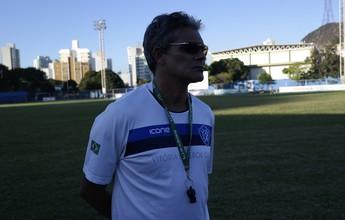 """""""Saio com as portas abertas"""", diz Vito Capucho, ex-técnico do Vitória-ES"""