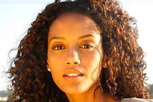 Helena (Taís Araújo)