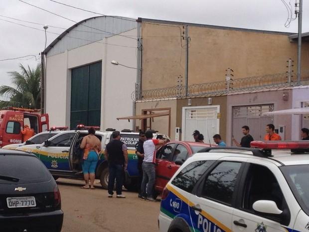 Duas mulheres são feitas reféns em roubo a residência em Porto Velho