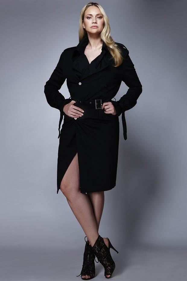 Fabiana Saba em ensaio de moda como modelo curvas (Foto: Wes Leitorezan)