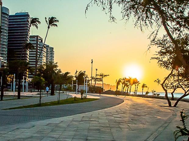 Resultado de imagem para Avenida Beira-Mar fortaleza