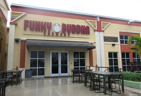 A cervejaria Funky Buddha fica em Oakland Park, na Flórida