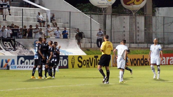 ABC x Bragantino, no Frasqueirão - comemoração gol Kayke (Foto: Augusto Gomes/GloboEsporte.com)