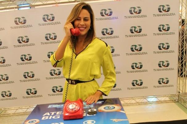 Goiana Princy, participante do BBB 14 virou sensação no Buriti Shopping. (Foto: Divulgação/TV Anhanguera)