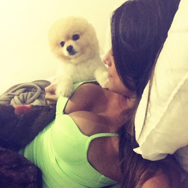 Panicat Mari Gonzalez posa decotada para selfie (Foto: Instagram/ Reprodução)