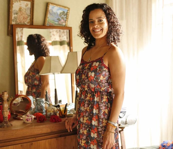 Maeve Jinkings torce pela felicidade de Domingas (Foto: Ellen Soares/ Gshow)