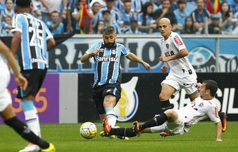 """Grêmio lamenta empate """"frustrante"""" em jogo de """"um time só"""" contra o Galo"""