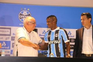 Bolaños Grêmio (Foto: Eduardo Moura/GloboEsporte.com)