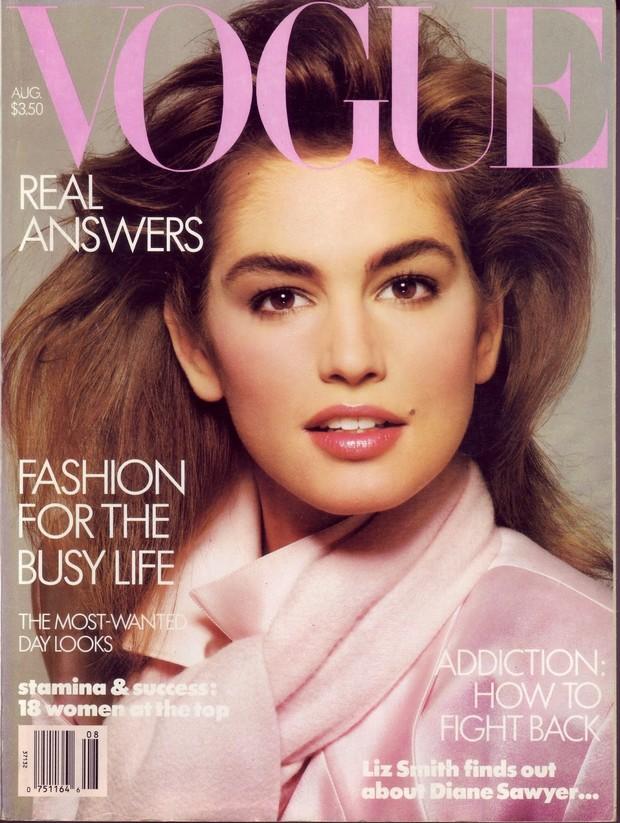 Cindy Crawford na capa da Vogue, em 1996 (Foto: Reprodução)