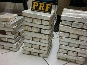 Droga apreendida pela PRF  (Foto: Polícia Rodoviária Federal/Divulgação)