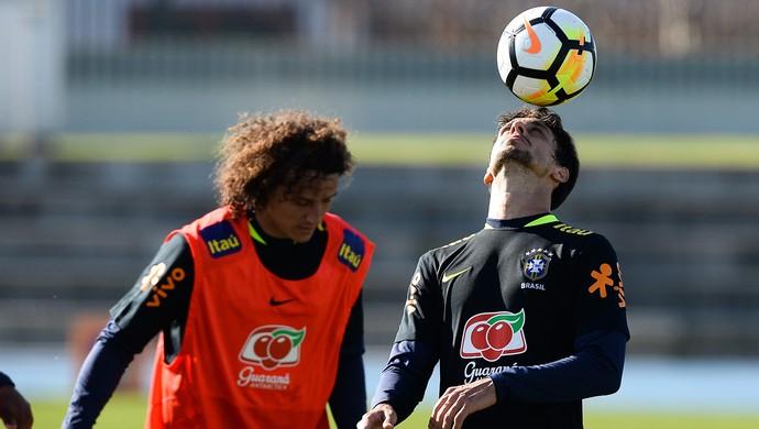 David Luiz Rodrigo Caio treino seleção brasileira Melbourne (Foto: Pedro Martins/MoWA Press)