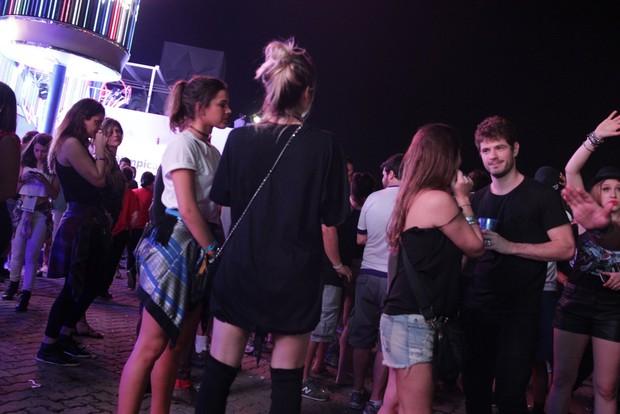 Bruna Marquezine e Maurício Destri (Foto: AgNews)