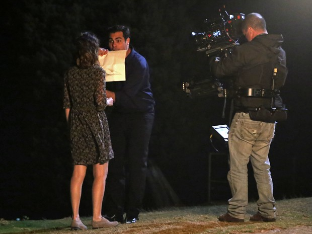 Thiago Lacerda explode como Marcos em cena com Nathalia Dill no papel de Laura (Foto: Maria Clara Lima/ Gshow)