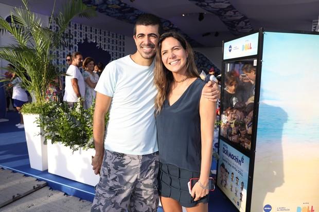 Marcius Melhem e Carol Sampaio (Foto: Felipe Panfili/Divulgação)