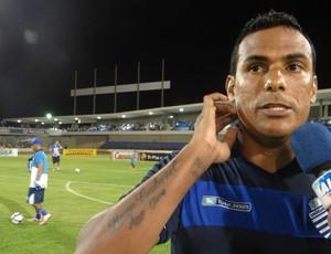 Mendes, atacante do CSA (Foto: Caio Lorena / Globoesporte.com)