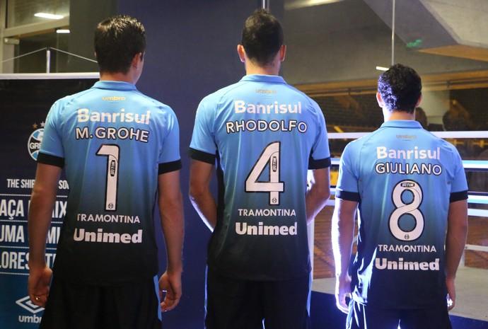 Grêmio lança 3ª camisa com degradê e status de