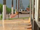 Operação 'Calçadas livres' multa veículos estacionados na Av. Cuiabá