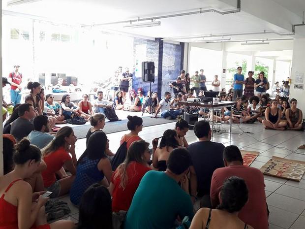 Ocupação da Unifal, em Alfenas: protestos contra a PEC 241 em instiuições de ensino do Sul de Minas atinge pelo menos 13 cidades nesta terça-feira (25) (Foto: Ocupa Unifal/Alfenas)