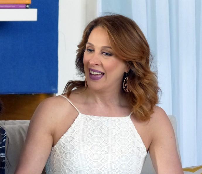 Claudia Raia surge ruiva em gravação com Angélica (Foto: Gabriela Bispo/Gshow)