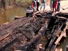 Ponte de madeira que dá acesso à distrito de Prado é incendiada