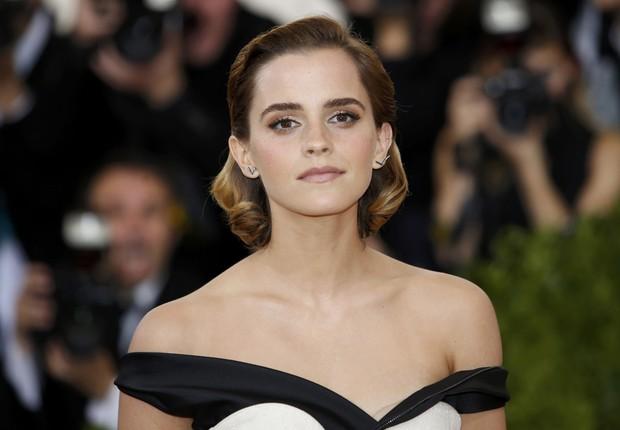 Emma Watson no tapete vermelho no baile gala do MET em Nova York (Foto: Reuters)