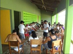 Oficina de artesanato de fibra da bananeira (Foto: Divulgação/ Escola Cultural Canavial)