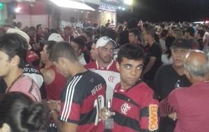 Torcedores do Flamengo em Cabo Frio (Foto: Gustavo Garcia)