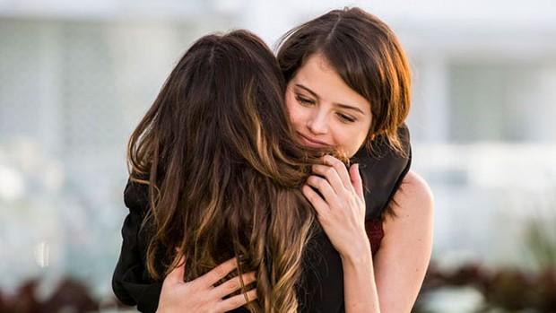 Haja Coração: Bruna finge ser amiga de Camila (Ellen Soares/Gshow)