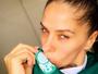 Adriane Galisteu não faz striptease e 'ganha tempo': 'Preciso esperar'