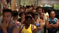 Capixabas enfrentam fila no último dia para o recadastramento biométrico em Vila Velha, ES