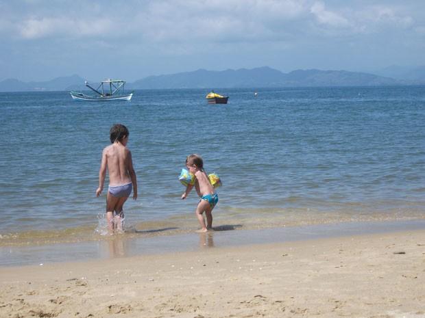 Filhos de Patrícia Paupp, blogueira de viagem (Foto: Arquivo pessoal)