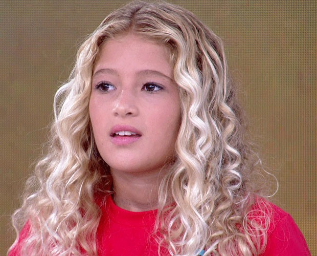 A menina já ganhou 20 campeonatos de surfe (Foto: TV Globo)