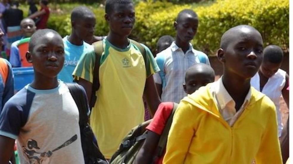 A ONG criou escolas para as crianças serem alfabetizadas (Foto: Divulgação)
