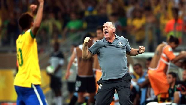 Felipão comemoração Brasil Uruguai (Foto: Getty Images)